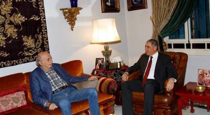 جنبلاط عرض وسفير الاتحاد الأوروبي الاوضاع في لبنان والمنطقة
