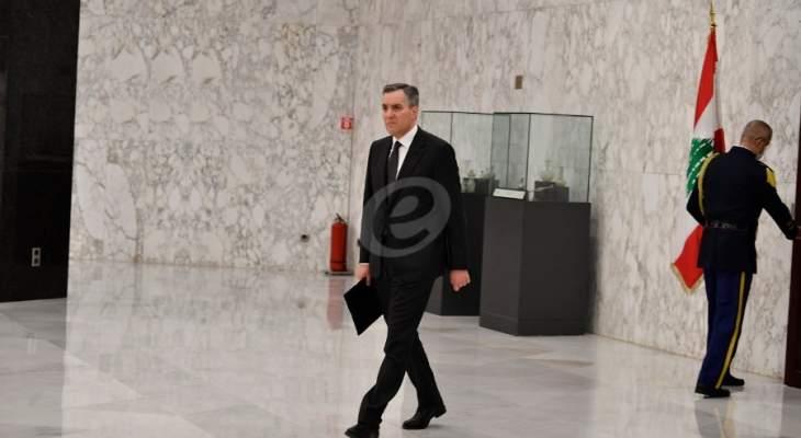 وصول مصطفى أديب إلى قصر بعبدا للقاء الرئيس عون