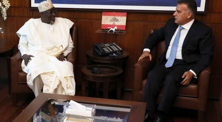 إبراهيم التقى سفير نيجيريا وبحث معه الأوضاع العامة
