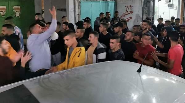 وسائل إعلام فلسطينية: اندلاع مواجهات شمال الخليل ومسيرات في الضفة وغزة