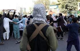 حركة طالبان تقطع الإنترنت عن مناطق في كابول تشهد احتجاجات