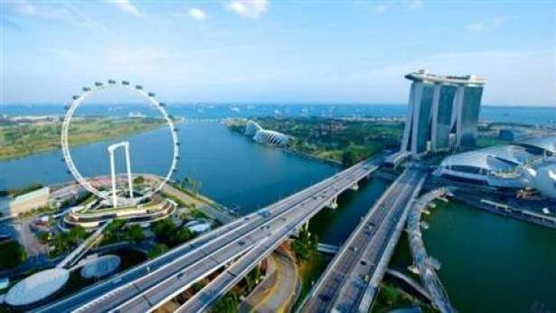 رئيس وزراء سنغافورة: يجب على جيش ميانمار إطلاق سراح الزعيمة المنتخبة أونغ سان سو شي