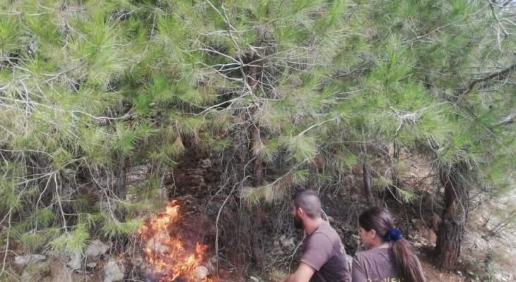 الدفاع المدني أخمد حريقا في المرادية كسروان