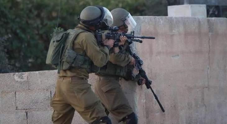 الجزيرة: الشرطة الاسرائيلية تقتحم باحات المسجد الأقصى