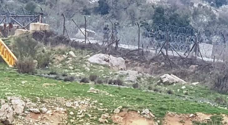 النشرة: عناصر دورية إسرائيلية تفقدوا الشريط الشائك في بركة النقار بخراج شبعا