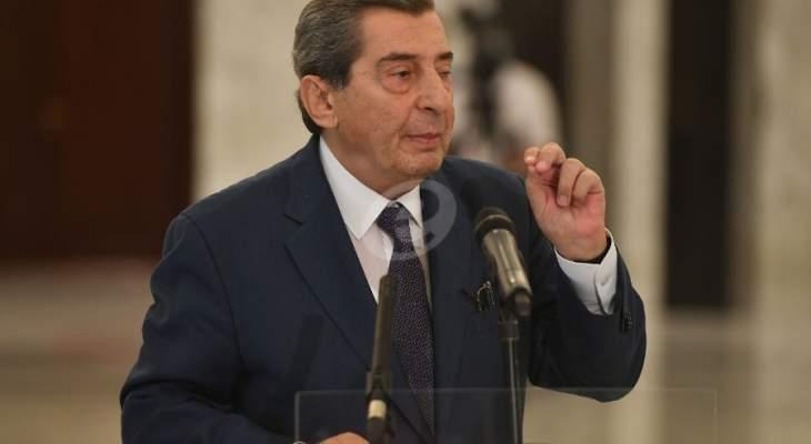 الفرزلي: رئيس الحكومة هو كتفها وعدم وجود حل الشهر القادم فالأمور ذاهبة للأسوأ