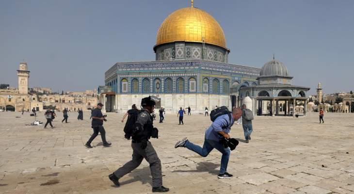 """مستوطنون إسرائيليون يقتحمون المسجد الأقصى في ذكرى """"خراب الهيكل"""""""