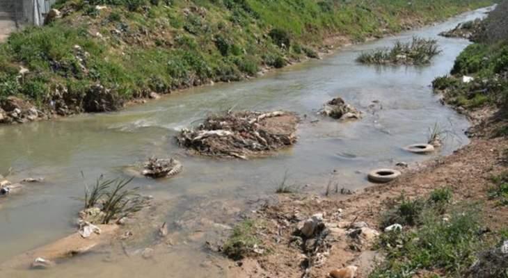 مصلحة الليطاني حذرت من ري المزروعات بمياه النهر الآسنة في نطاق مدينة بر الياس