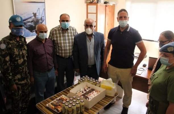 الكتيبة النيبالية سلمت بلدية ميس الجبل أجهزة تنفس صناعي