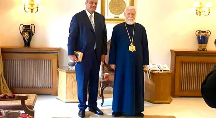 بوشكيان زار كيشيشيان: الوزراء مركزون على العمل الجدي لأن الوقت داهم والظروف صعبة