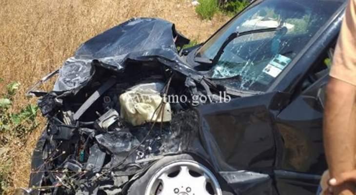 3 جرحى نتيجة تصادم بين شاحنة ومركبة على طريق عام الجرمق العيشية