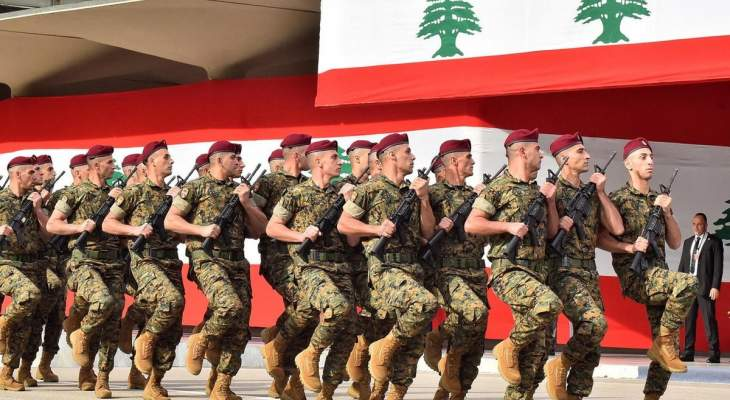 التليغراف: الجيش يمكنه منع الانهيار الكامل للبنان إذا استطاع الاستمرار بإطعام جنوده