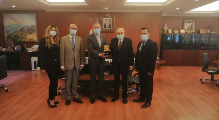 أيوب اتفق مع الأمين العام المساعد للجامعة العربية على عقد مؤتمر حقوقي عربي بالجامعة اللبنانية