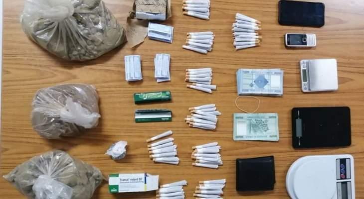 قوى الأمن: توقيف أحد مروجّي المخدّرات بعد مداهمة منزلِه