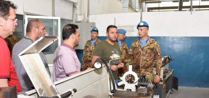 جولة لقائد القطاع الغربي لليونيفيل في مهنية بنت جبيل الفنية الرسمية