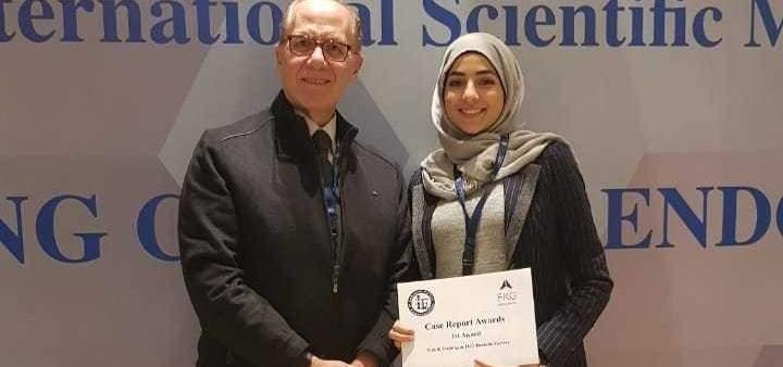 طالبة في اللبنانية تحصد جائزة أفضل بوستر في مؤتمر Lebanese Endodontic Society