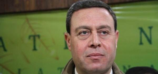 """سفير فلسطين بالقاهرة: لم أتهم """"حماس"""" بتفجير موكب الحمد الله"""