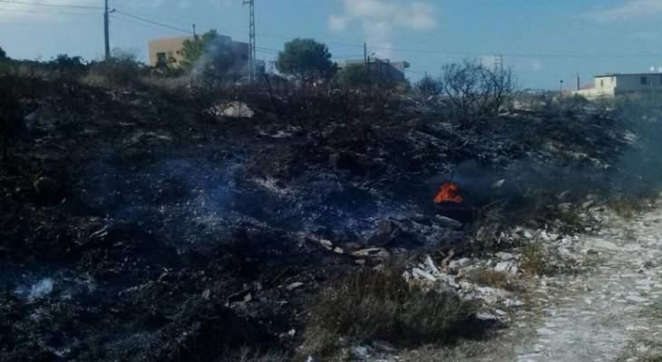 الدفاع المدني:جريح بحادث سير عند مفترق قصرنبا وإخماد حريق أعشاب في كفرحزير