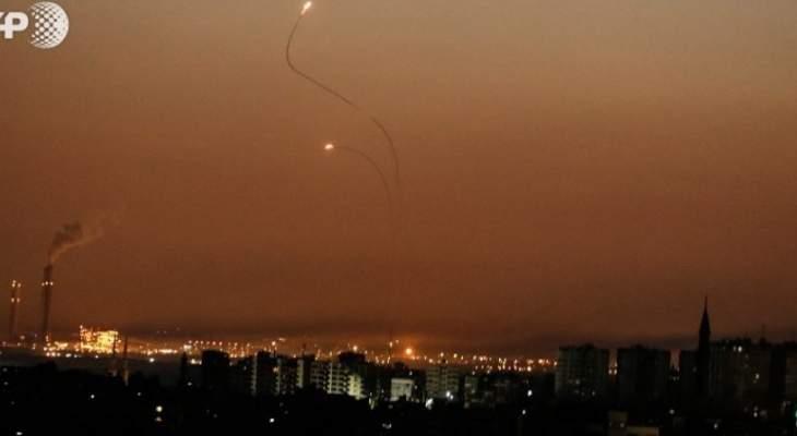 اسرائيل تقصف 25 هدفا في غزة ردا على اطلاق صواريخ من القطاع