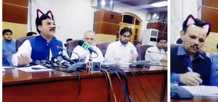 """وزير باكستاني يظهر بـ""""وجه قطة"""""""