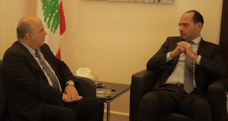مراد أكد أهمية تفعيل الإتفاقيات الموقعة مع سلطنة عمان: أسعى لإيجاد حلول لقطاع النقل