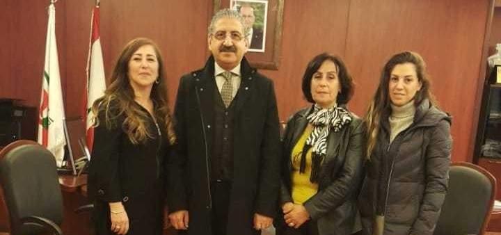 """فؤاد أيوب يستقبل وفدًا من """"نقابة القابلات القانونيات في لبنان"""""""