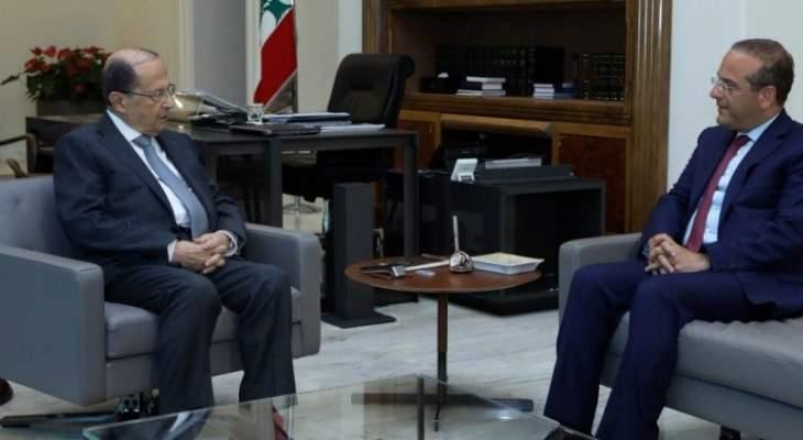 الرئيس عون عرض مع خوري مواضيع سياسية واجتماعية مختلفة
