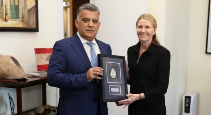 ابراهيم بحث وسفير استراليا في سبل التعاون