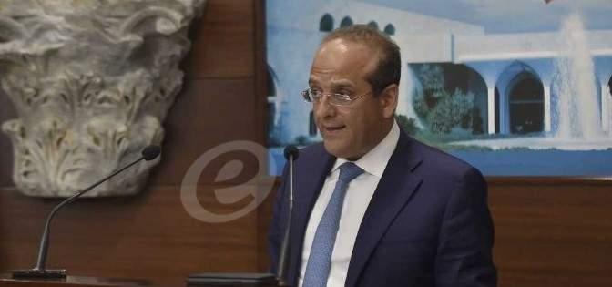 خوري: البنك العربي يستطيع أن يكون مصرفا مربحا على غرار البنك الدولي