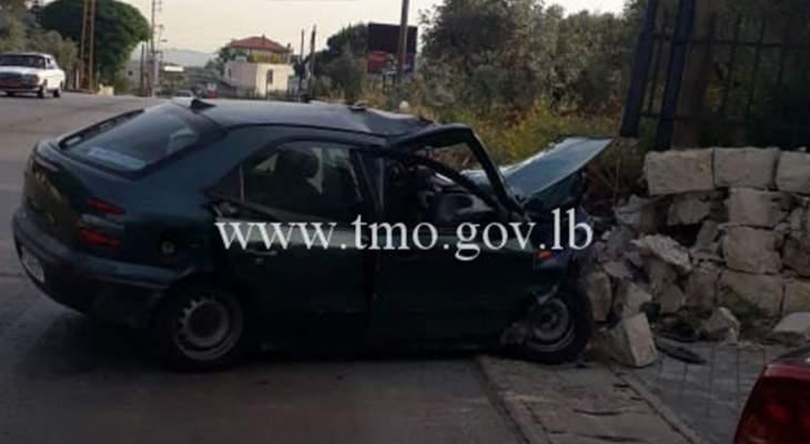 قتيل نتيجة اصطدم سيارة بحائط جانب طريق عام كوسبا بصرما