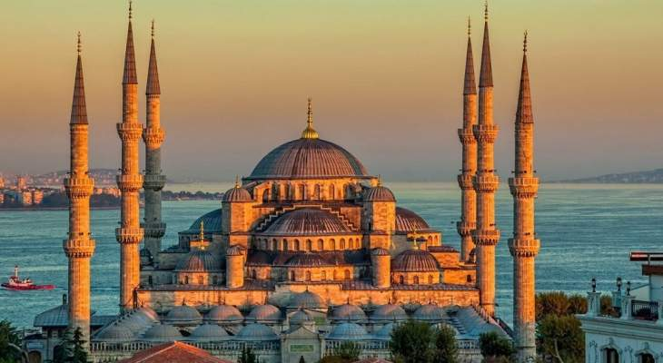 أكبر عملية ترميم لجامع السلطان أحمد منذ بنائه قبل 400 عام