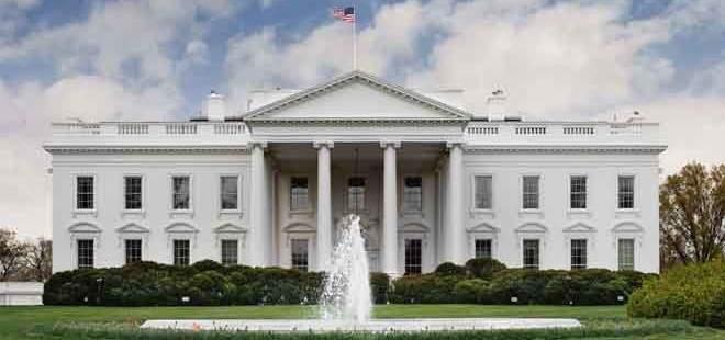 البيت الأبيض: ترامب قرر عدم تجديد اعفاءات عقوبات النفط على إيران