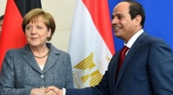 السيسي يبحث مع ميركل التعاون الثنائي وقضايا دولية