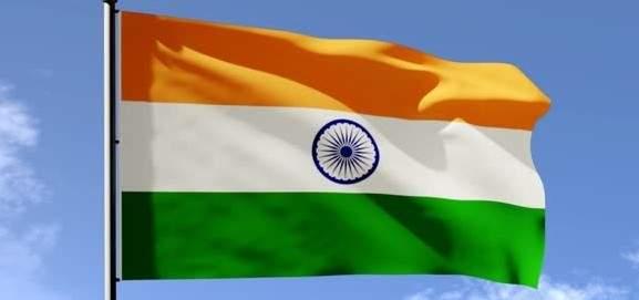 """إجلاء أكثر من مليون شخص في الهند مع وصول الإعصار """"فاني"""" إلى شرق البلد"""