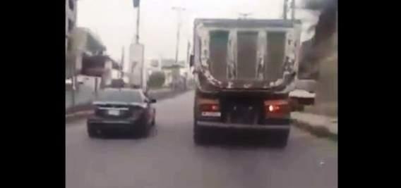 قوى الأمن: توقيف سائق يقود شاحنة بتهور في كفررمان وتنظيم 4 محاضر بحقه