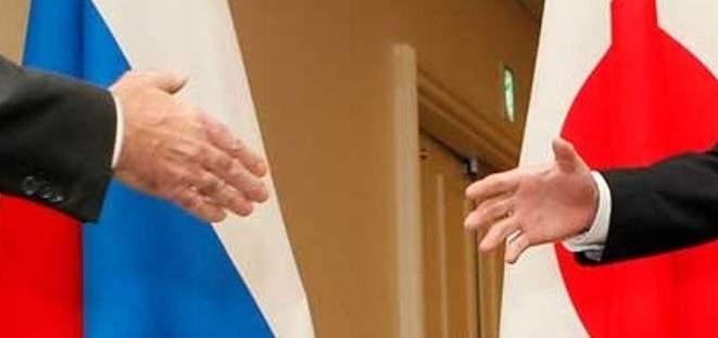 وزيرا خارجية اليابان وروسيا يلتقيان في موسكو في 10 أيار