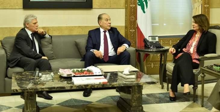 الحسن بحثت مشاريع اقتصادية مع وفد من غرفة التجارة في طرابلس