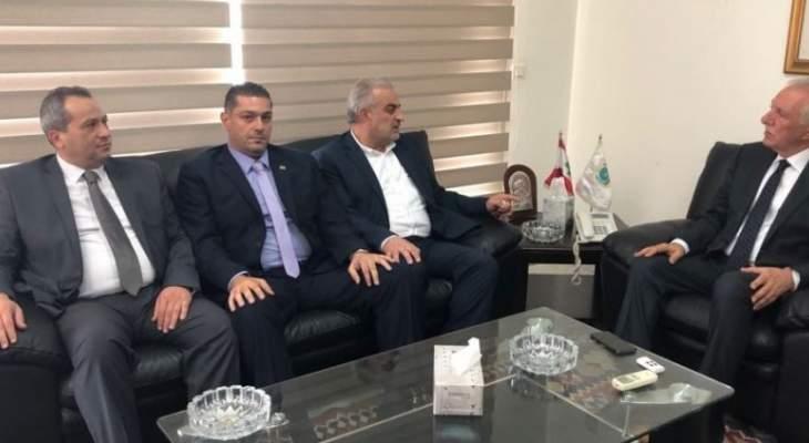 زعيتر بحث مع رئيس جمعية تجار لبنان الشمالي الاوضاع الاقتصادية والزراعية