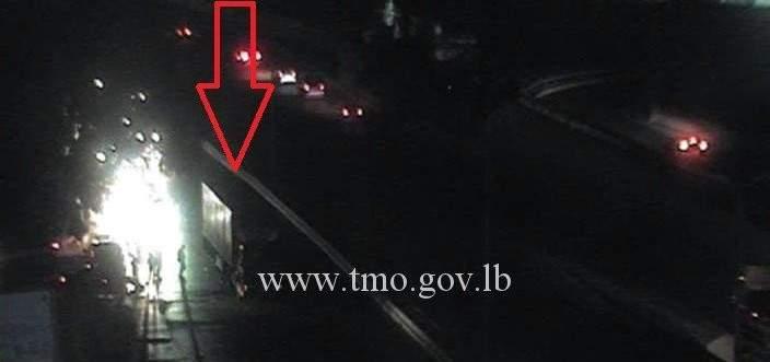 التحكم المروري: تصادم بين مركبتين على اوتوستراد الرئيس لحود والاضرار مادية