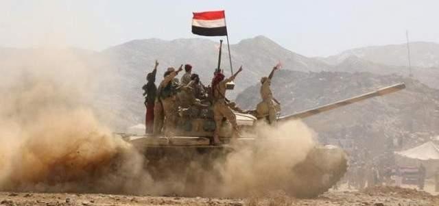 """القوات الحكومية اليمنية تسيطر على مقر لبحرية """"أنصار الله"""""""