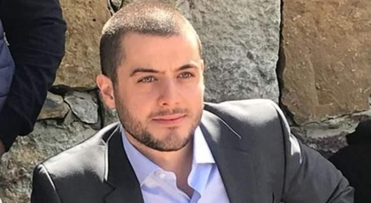 سامي فتفت: حزب الله محشور ويريد أن يشارك في السلطة من باب الخدمات