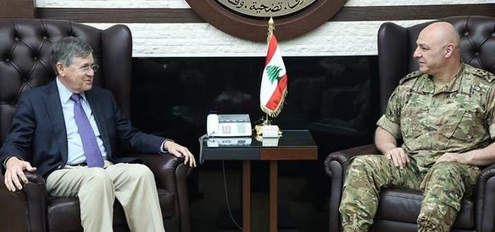 قائد الجيش عرض مع ساترفيلد للأوضاع العامة والتقى قائد القوات الجوية بالقيادة الوسطى الأميركية