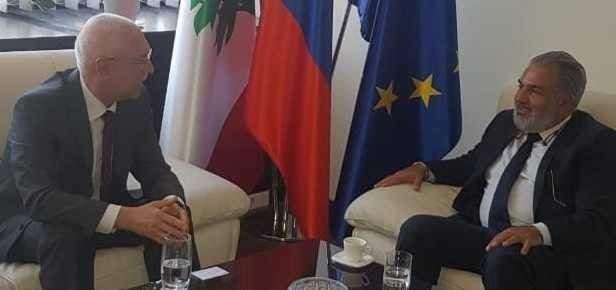 عميد الخارجية بالقومي عرض الأوضاع العامة مع سفير سلوفاكيا في بيروت