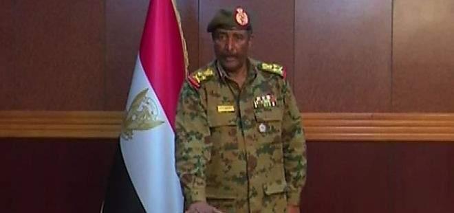 البرهان يباشر مهامه بالقصر الجمهوري في السودان