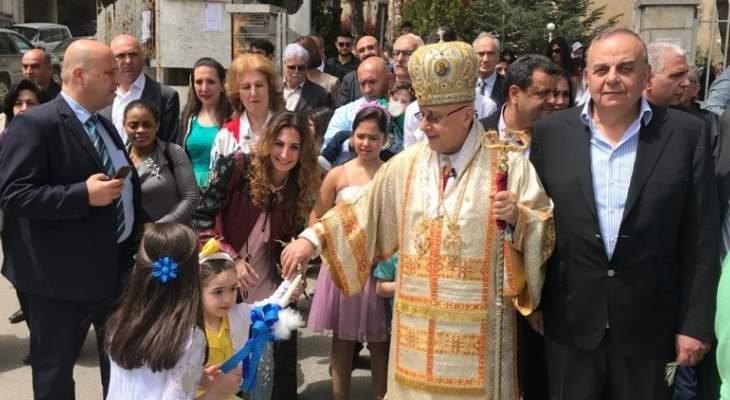 النشرة: الطوائف المسيحية إحتفلت بقداس الشعانين في زحلة والبقاع