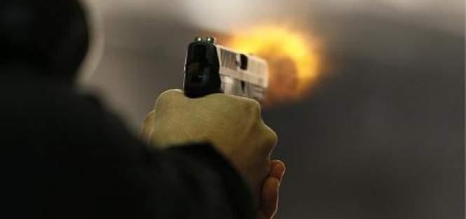 النشرة: توقيف مطلوب أصيب بتبادل لإطلاق النار مع دورية لاستخبارات الجيش في الطيبة