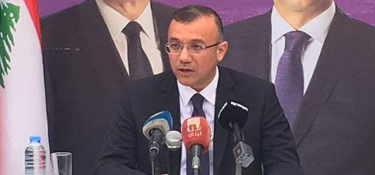 درويش:تسهيل حصول المواطنين على اخراج قيد من أي منطقة خطوة تسجل للحسن