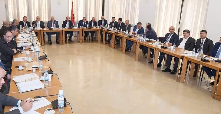 لجنة الاشغال العامة توصي بتشكيل لجنة طوارىء لادارة مشكلة التلوث لنهر الليطاني