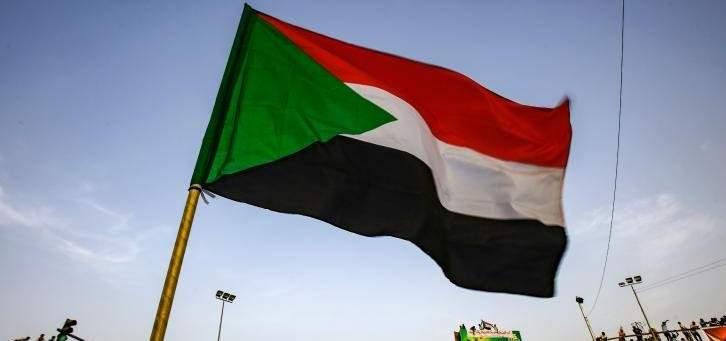 """""""المهنيين السودانيين"""" يطالب بإعادة هيكلة الدولة والمؤسسات العسكرية"""