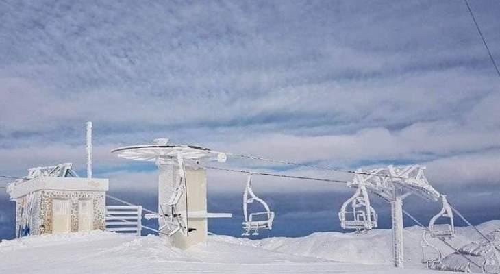 موسم التزلّج بدأ وتوقّعات باستمراره لفترات طويلة هذا العام